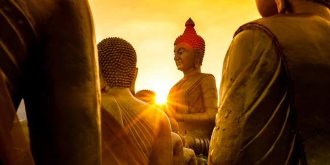 Buddha a naplementében